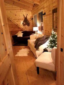Swans Way Cabin